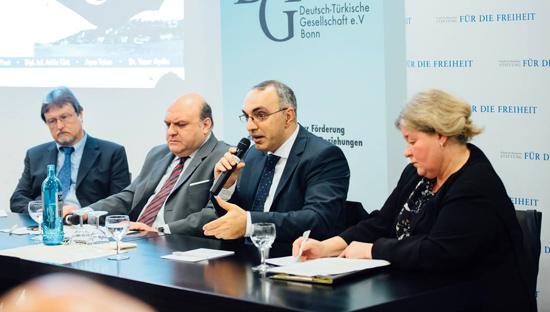 Bild Podiumsdiskussion Türkei-Wahlen