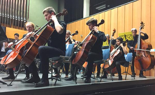 Bild Saygin Lisesi Konzert Orchester