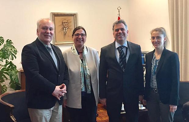 Bild Besuch beim Generalkonsul